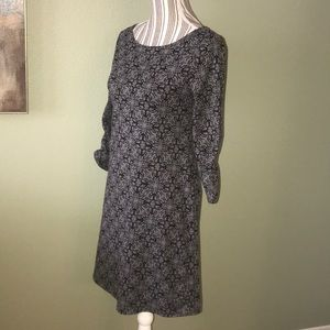 Soybu Black/Gray shift dress 3/4 sleeve
